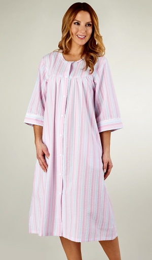 Slenderella Lightweight Seersucker Popper Housecoat