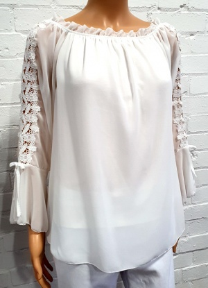 Goose Island Plain Lace Sleeve Top