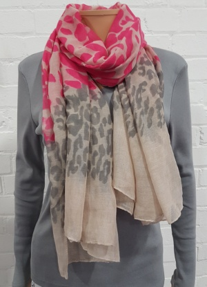 Ladies Fashion Print Scarf