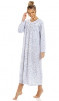 La Marquise Lavish Leaves Long Sleeves Nightdress